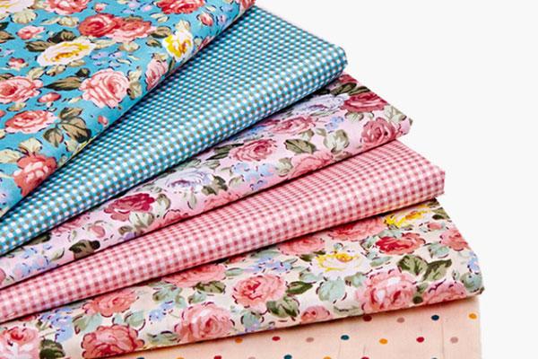 Tecido tricoline bordado